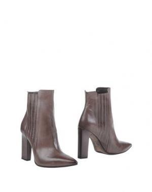 Полусапоги и высокие ботинки VIC. Цвет: голубиный серый
