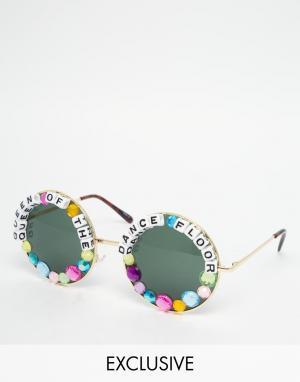 RAD + REFINED Круглые солнцезащитные очки Queen of Dance Floor. Цвет: мульти