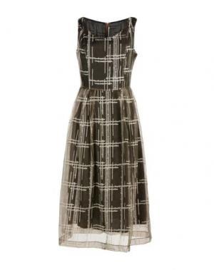 Платье длиной 3/4 MAISON LAVINIATURRA. Цвет: хаки