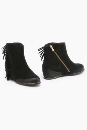 Ботинки C&S. Цвет: черный