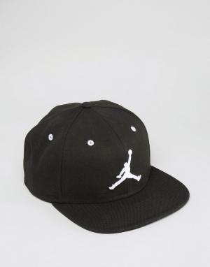Jordan Черная бейсболка Nike Jumpman 619360-017. Цвет: черный