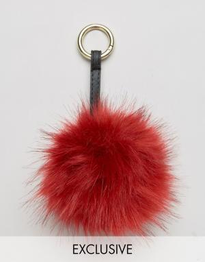 My Accessories Бордовая подвеска на сумку с помпоном из искусственного меха Access. Цвет: красный