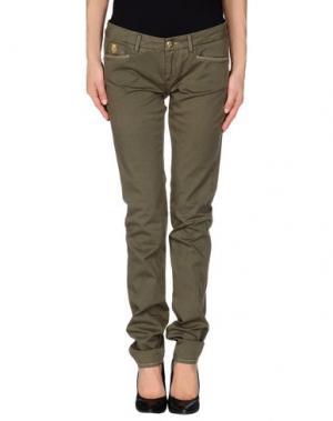 Повседневные брюки D-21. Цвет: зеленый-милитари