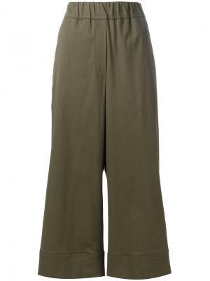 Укороченные брюки Odeeh. Цвет: зелёный