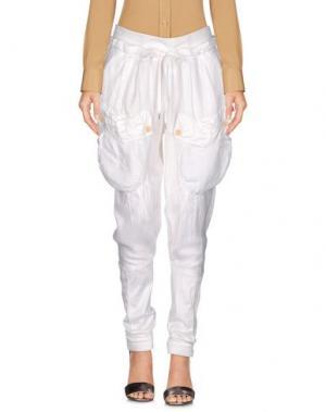 Повседневные брюки HIGH. Цвет: белый