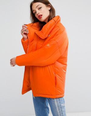 Love Moschino Дутая куртка. Цвет: оранжевый
