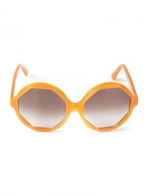 Солнечные очки в восьмиугольной оправе Cutler & Gross. Цвет: жёлтый и оранжевый