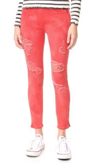 Укороченные джинсы-леггинсы Runway True Religion. Цвет: рубиновый красный