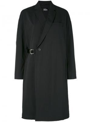 Пальто с запахом и поясом The Reracs. Цвет: чёрный