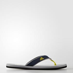 Сланцы Beach  Performance adidas. Цвет: желтый