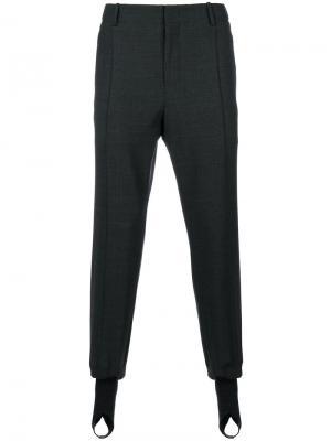 Классические брюки с присборенными манжетами Wooyoungmi. Цвет: серый