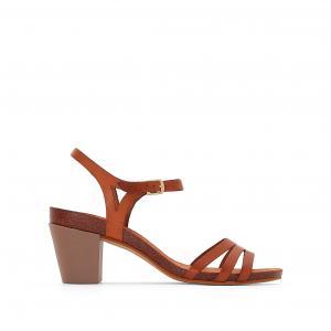 Босоножки на каблуке Pacome KICKERS. Цвет: темно-бежевый