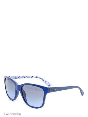Очки солнцезащитные Vogue. Цвет: синий