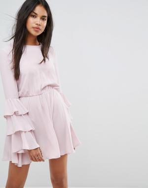 Ivyrevel Платье мини с длинными рукавами и оборками. Цвет: розовый