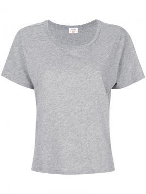 Однотонная футболка Re/Done. Цвет: серый