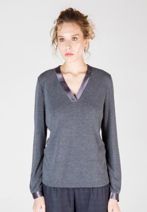Пуловер Виреле. Цвет: серый
