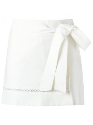 Tie fastening skorts Giuliana Romanno. Цвет: белый