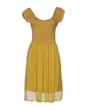Платье до колена PARIS HILTON. Цвет: охра