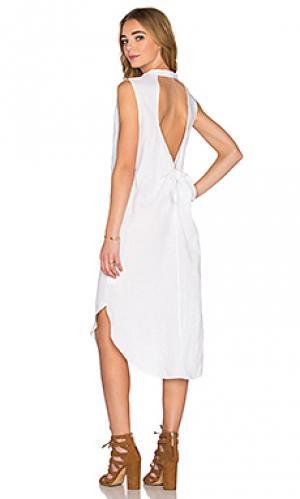 Макси платье KES. Цвет: белый
