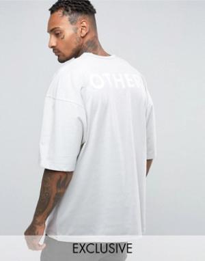 Other UK Oversize-футболка с принтом на спине. Цвет: синий