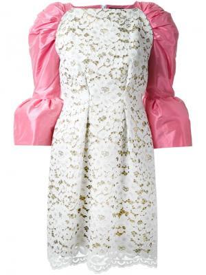 Кружевное платье с контрастными рукавами DressCamp. Цвет: белый