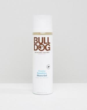 Bulldog Пенящийся гель для бритья чувствительной кожи 200 мл. Цвет: мульти