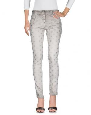 Джинсовые брюки TANTRA. Цвет: бежевый