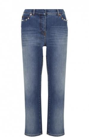 Укороченные расклешенные джинсы с шипами Valentino. Цвет: голубой