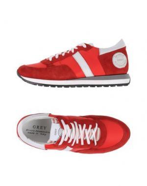 Низкие кеды и кроссовки GREY DANIELE ALESSANDRINI. Цвет: красный