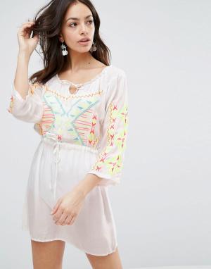 Anmol Пляжное платье с вышивкой. Цвет: белый