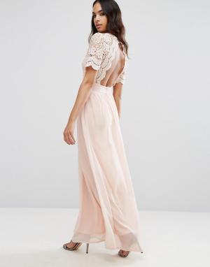Club L Платье макси с ажурным верхом. Цвет: розовый