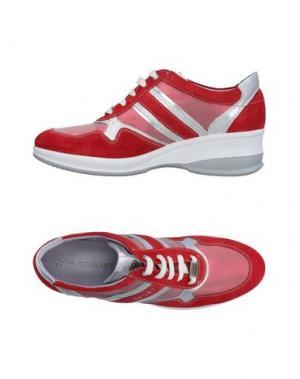 Низкие кеды и кроссовки JANET SPORT. Цвет: красный