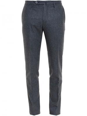 Классические брюки Browns. Цвет: серый