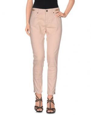 Джинсовые брюки SWILDENS. Цвет: песочный