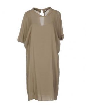 Платье до колена EUROPEAN CULTURE. Цвет: хаки