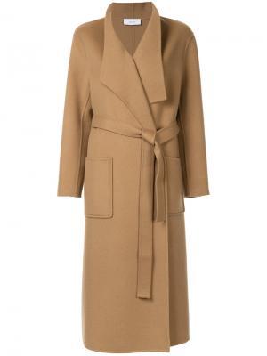 Пальто с капюшоном Astraet. Цвет: коричневый