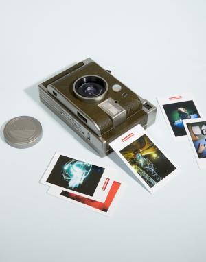 Lomography Миниатюрный фотоаппарат для моментальных снимков Lomo. Цвет: мульти