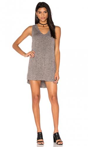 Платье sunny Riller & Fount. Цвет: серый