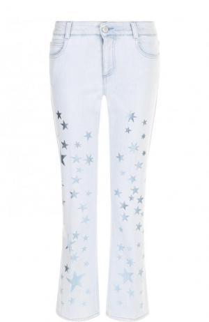 Укороченные расклешенные джинсы с принтом в виде звезд Stella McCartney. Цвет: голубой