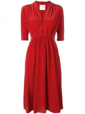 Платье c V-образным вырезом Forte. Цвет: красный