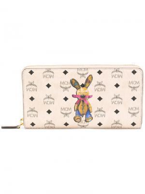 Кошелек с круговой молнией и рисунком кролика MCM. Цвет: телесный