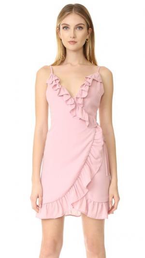 Платье с оборками Caliente Lioness. Цвет: розовый