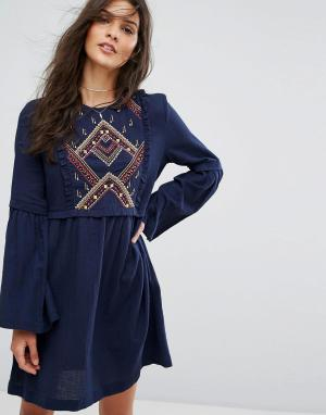 Suncoo Свободное платье с вышивкой. Цвет: темно-синий