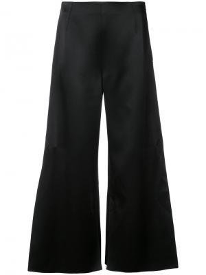 Расклешенные строгие брюки Roland Mouret. Цвет: чёрный
