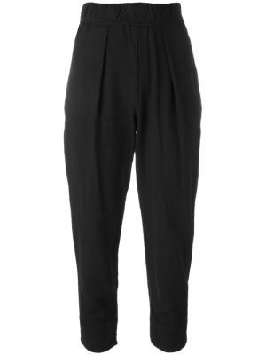 Укороченные брюки Raquel Allegra. Цвет: чёрный