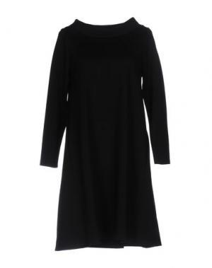 Короткое платье CORINNA CAON. Цвет: черный