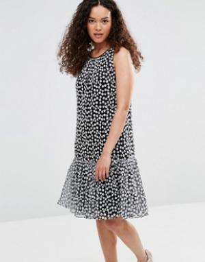 YMC Платье с баской и цветочной вышивкой. Цвет: черный