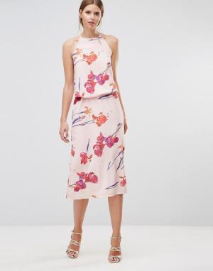Oh My Love Платье миди с высокой горловиной. Цвет: мульти