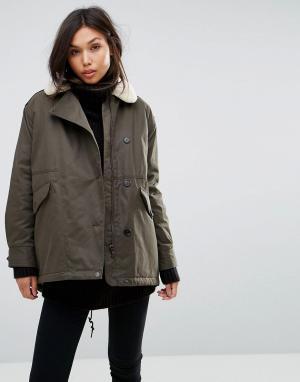 Parka London Свободное пальто с воротником из искусственного меха. Цвет: зеленый
