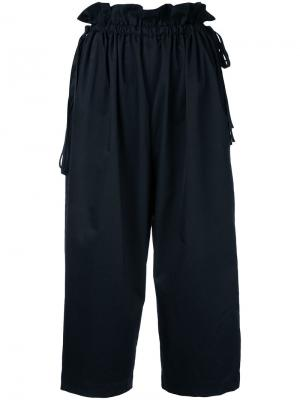 Укороченные брюки свободного кроя Astraet. Цвет: чёрный
